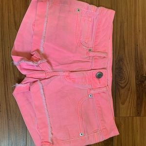American Eagle pink stretch jean shorts!!! Size 2